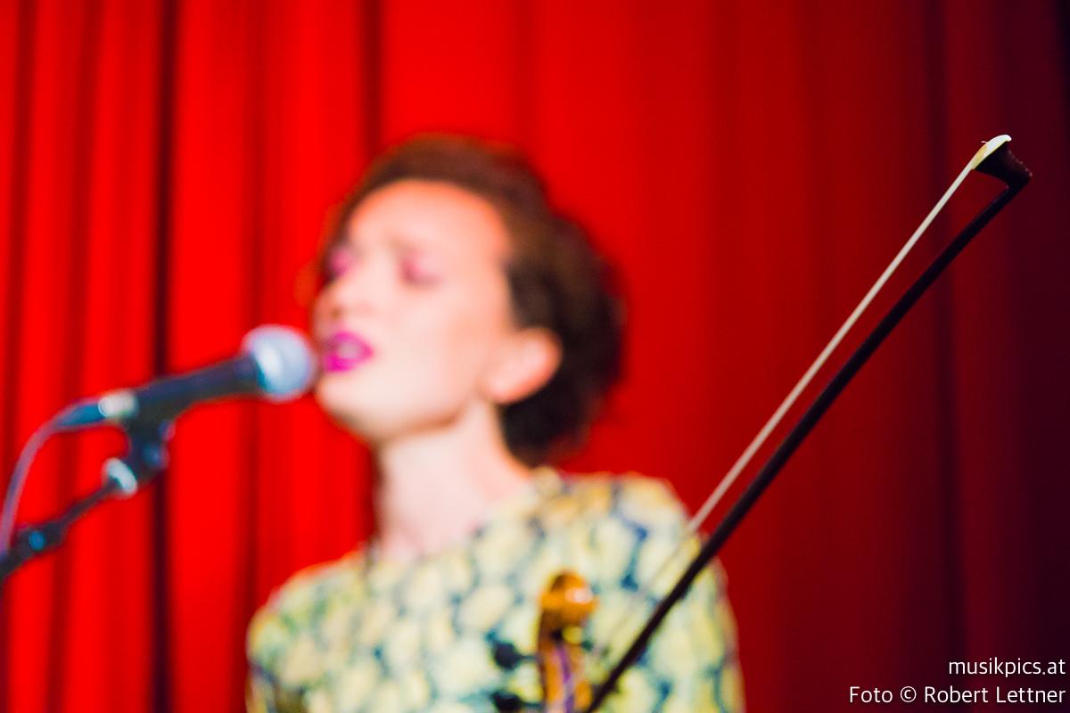 Robert-Lettner-Musikpics-Live-Music-Photography-Phoebe-Violet-DSC01993